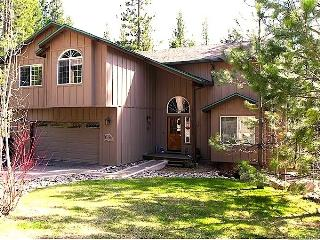 WOW-6Bed-3Bth-3 lev-hot tub-game room-summer sale! - South Lake Tahoe vacation rentals