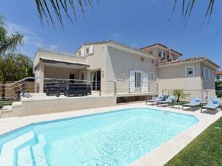 Villa Les Galets - Cagnes-sur-Mer vacation rentals