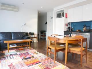 TimeOut - Inner Melbourne Richmond Boutique Aptmt - Melbourne vacation rentals