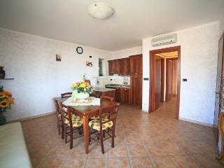 Appartamento Sorgenti 3 di affittilarosa.it - Torre Vado vacation rentals