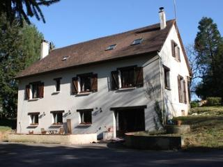 2 bed Holiday home, Stunning Location - Gorron vacation rentals