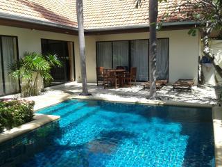 Jomtien Beach Pool Villa,GREAT LOCATION!! - Pattaya vacation rentals