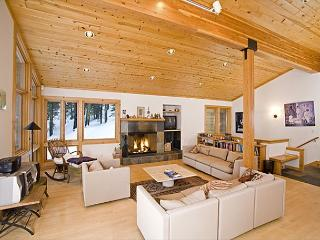 Bear Creek Retreat - Large Pet-Friendly 4 BR - Spend Thanksgiving in Alpine! - Alpine Meadows vacation rentals