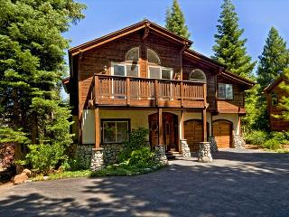 Big & Beautiful 6 BR Luxury Home with all that Northstar Resort Has to Offer - Lake Tahoe vacation rentals