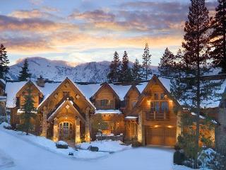 Broken Arrow Lodge - 5 Star Luxury Estate, Sleeps 14 + Hot Tub - Olympic Valley vacation rentals