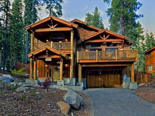Olive Branch -  4 BR Home with Choice Mountain Décor - Hot Tub & Pet Friendly - Carnelian Bay vacation rentals