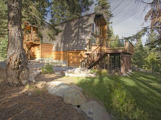 Rim Drive - 3 BR With Beautiful Lake Views & Hot Tub - 3rd nt 50% off in MAR - North Tahoe vacation rentals