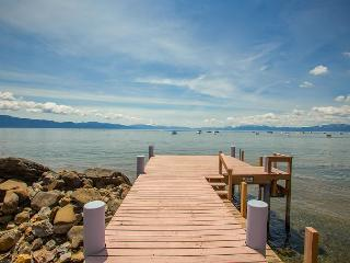 **Lake Escape - 4 BR LAKEFRONT  w/ Pier and Hot Tub** Buoy Too! - Tahoe Vista vacation rentals