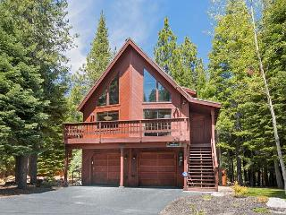 Updated and nicely furnished 3 bedroom Tahoe Donner home with hot tub. - Truckee vacation rentals