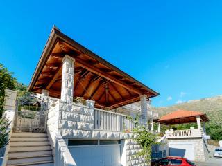Apartment M III - Zaton vacation rentals