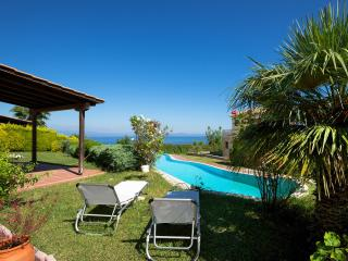 Cosy Lux Pool Villa in Afytos (3BD) - Afitos vacation rentals