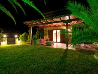 Oriental Luxurious pool Villa in Afytos - Afitos vacation rentals