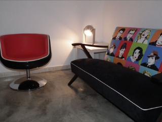 Comfortable 1 bedroom Lisbon Apartment with Internet Access - Lisbon vacation rentals