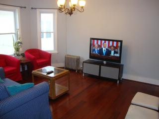 Luxurious Comfort Home Close to T and Boston - Somerville vacation rentals