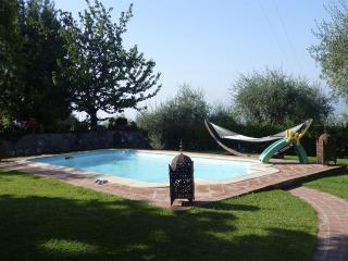 Villa MICA, elegant house private pool. 12px - Lucca vacation rentals