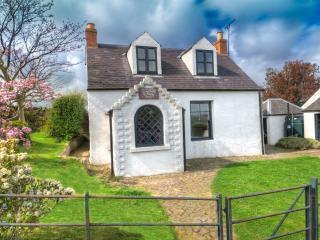 The Gypsy Palace - a historic holiday cottage - Yetholm vacation rentals