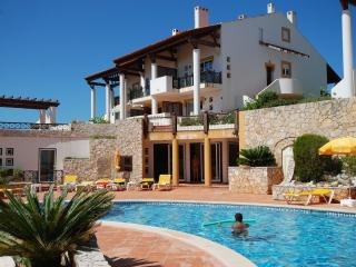 4 bedroom Apartment with Internet Access in Sao Martinho do Porto - Sao Martinho do Porto vacation rentals