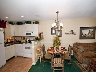 2 bedroom Condo with Deck in Sheridan - Sheridan vacation rentals