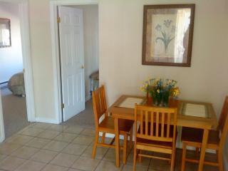 Budget Friendly 3 Bedroom 2 Bath 3 Blks 2 Beach! - Wildwood vacation rentals