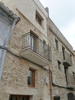 Village house in Perello, El, with roof terrace - El Perello vacation rentals
