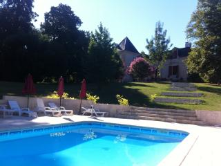 The Pigeonnier at Chateau Les Maurins - Sainte Foy-la-Grande vacation rentals