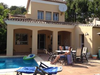 Holiday Villa with private pool and golf nearby - Benahavis vacation rentals
