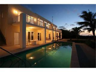 4BR-Villa Caymanas - Grand Cayman vacation rentals