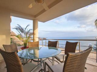 Beautiful Beachfront Condo in Punta de Mita - Punta de Mita vacation rentals