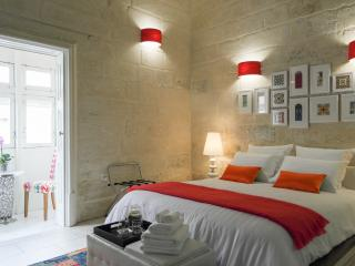 Magic Malta come stay at Julesy's BnB - Cospicua (Bormla) vacation rentals