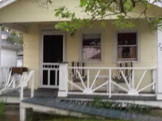Belmar N.J. Beach Bungalow just one block from the Atlantic Ocean - Belmar vacation rentals
