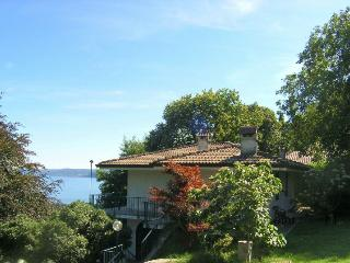 Lovely Villa with Wireless Internet and Washing Machine - Lesa vacation rentals