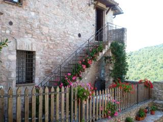 Perfect House with Satellite Or Cable TV and Television - Macerino vacation rentals