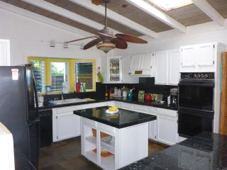 3 bedroom House with Internet Access in Waialua - Waialua vacation rentals