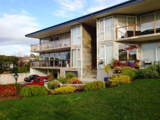 Anchorage Tasmania #1 Garden Views - Hobart vacation rentals