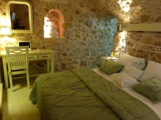 ST. GEORGE Sykoussis Traditional Residense To Let - Chios vacation rentals