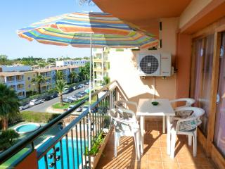 Ideal for a couple or small family - pool and view - Puerto de Alcudia vacation rentals
