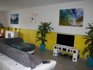 Cozy 3 bedroom Les-Salles-sur-Verdon Villa with Internet Access - Les-Salles-sur-Verdon vacation rentals