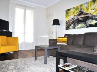 6ae2ae78-e86f-11e1-81f5-0019b9ec8777 - Bailly-Romainvilliers vacation rentals