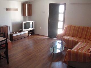 Beautiful 1 bedroom Apartment in Pirovac - Pirovac vacation rentals