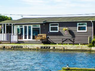 Nice 3 bedroom Cottage in Potter Heigham - Potter Heigham vacation rentals