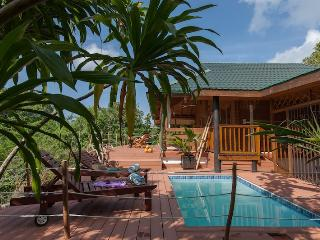 Cozy Praslin Island Beach hut rental with Internet Access - Praslin Island vacation rentals