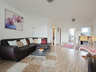 ID 5179 | 2 room apartment | WiFi | Hannover - Isernhagen vacation rentals