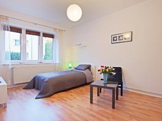 ID 5161 | 2 room apartment | Hannover - Isernhagen vacation rentals
