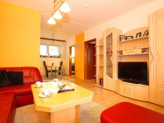 ID 4885 | 2 room apartment | WiFi | Sarstedt - Sarstedt vacation rentals