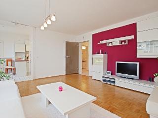 ID 4795 | 2 room apartment | WiFi | Hannover - Isernhagen vacation rentals