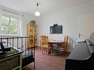 ID 5552 | 2 room apartment | WiFi | Hannover - Hannover vacation rentals