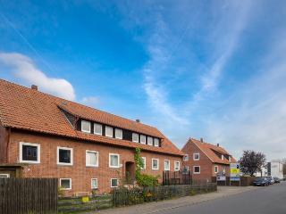 ID 5592   4 room apartment   WiFi   Isernhagen - Isernhagen vacation rentals
