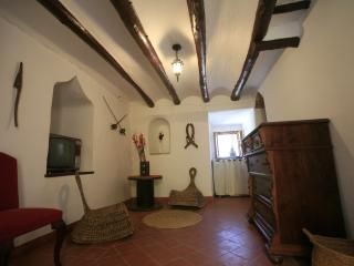 Cozy 3 bedroom Tower in Cocentaina with Internet Access - Cocentaina vacation rentals