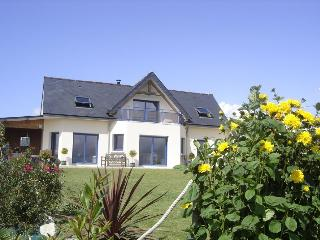 Nice Villa with Internet Access and Outdoor Dining Area - Telgruc-sur-Mer vacation rentals