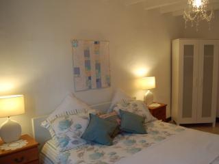 Beautiful 2 bedroom Gite in Saint-Vallier - Saint-Vallier vacation rentals